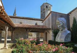 Saint-Clar-jardin 4 saisons+buste Géraud Dastros