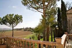 Pessoulens-village