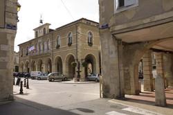 Halle-Hôtel de Ville à Fleurance