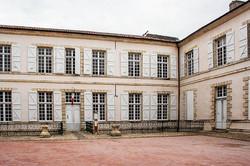 bâtiment de l'évêché à Lectoure