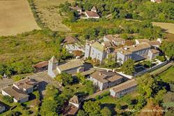 Gramont-vue aérienne château+église-R