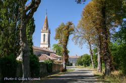 Mauroux-entrée village+église