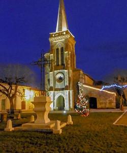 Castelnau d'Arbieu-église de nuit