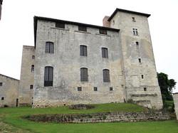 Château à Avezan