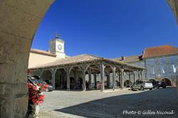 Saint-Clar-place de la halle