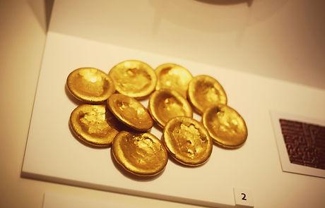 gold-ingots-by-kevin-walsh.jpg