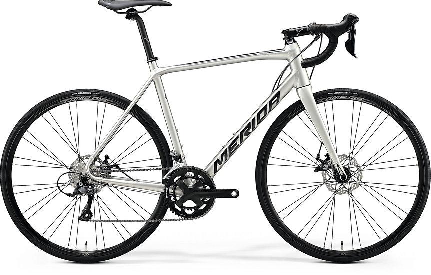 Шоссейный велосипед Merida Scultura Disc 200 2020