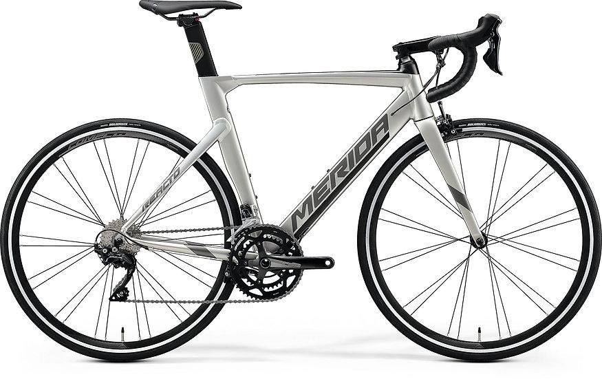 Шоссейный велосипед Merida Reacto 400 2020