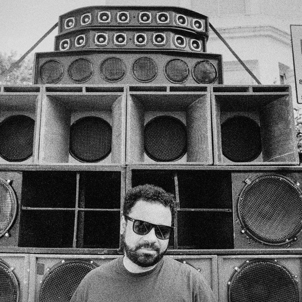 Picture of Cedar Lewisohn in front speakers
