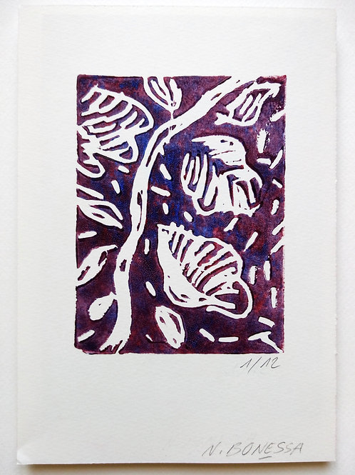 """""""La branche"""" (violette), 20x14cm, linogravure sur papier 300g."""