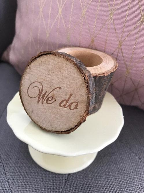 "Ring Box aus Holz ""We Do"""