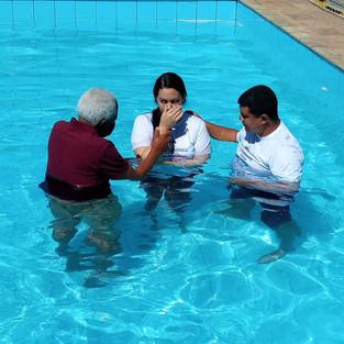 Alessandra foi batizada e estamos em festa!