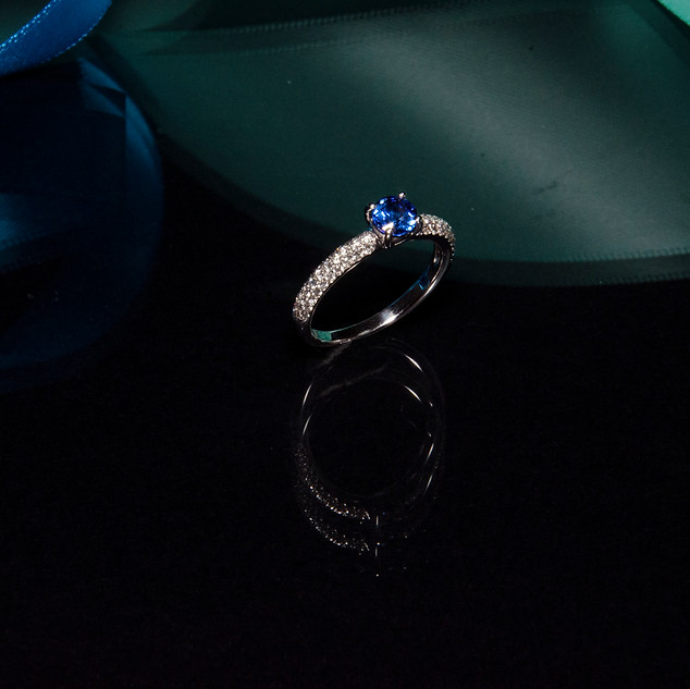 sapphire ring copy.jpg