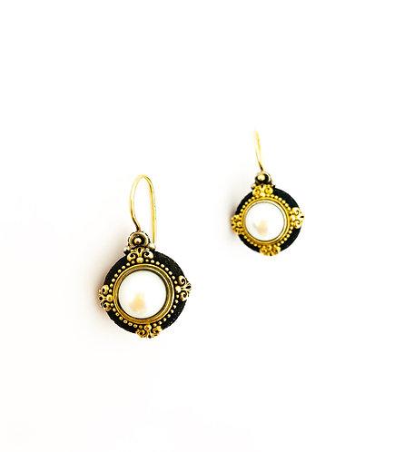 Konstantino Pearl Earrings