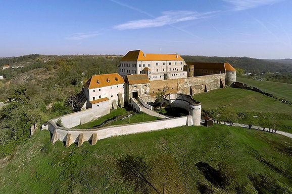 Hrad Dolní Kounice
