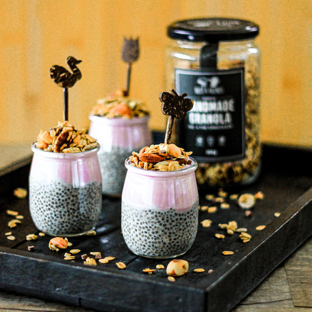 CHIA PUDDING WITH GRANOLA TOPPING