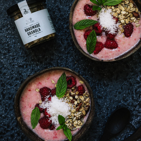 SMOOTHIE BOWL BY COMMSOIE