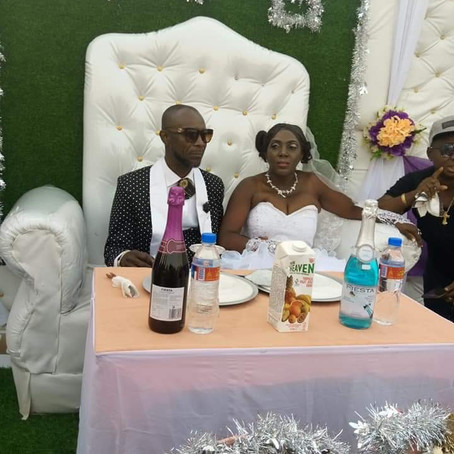 Andrew and Gloria tied the knot, hurray!