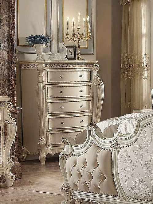 Picardy All Antique Pearl Finish Chest