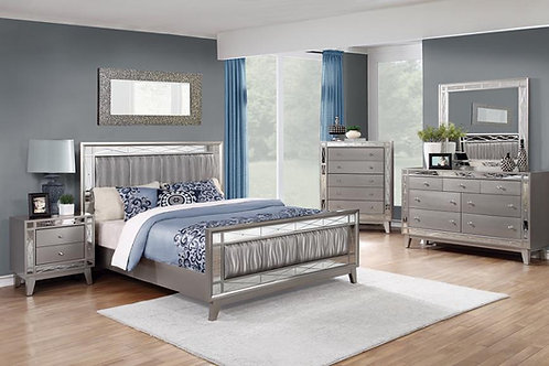 Leighton Panel Bed with Mirrored Accents