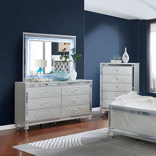 Gunnison Cali 6-Drawer Dresser Silver Metallic