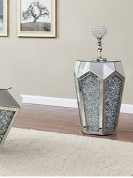 Noralie All 88007 Mirrored End Table
