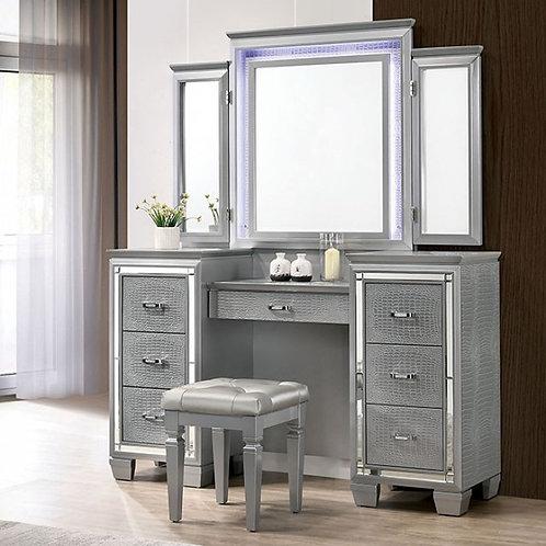 Tasmin Imprad Silver Vanity Set