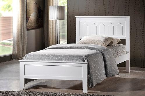 7582 Mg White Wooden Platform Bed
