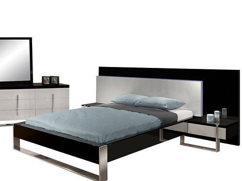 Martelli Shar Two-Tone Lacquer Bed includes 2 Nightstands