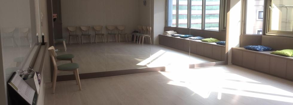 J教室-1