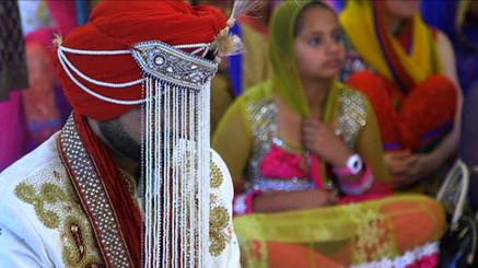 Sikh Groom with Sera Bindi