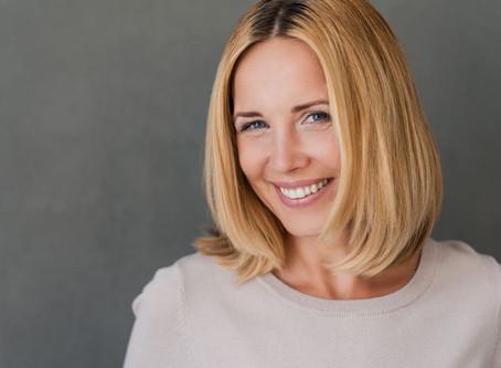 Oralno zdravlje žene: lep i zdrav osmeh u svakoj životnoj dobi