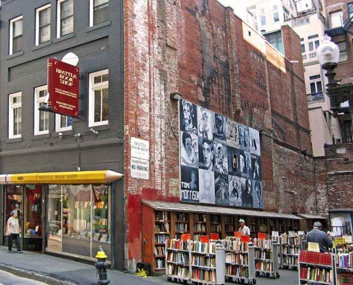 [Best Boston Bookstore]