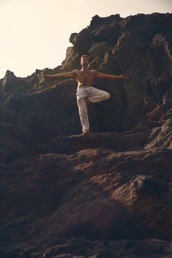 Zoé Animal Yoga ® Enrico De Luca