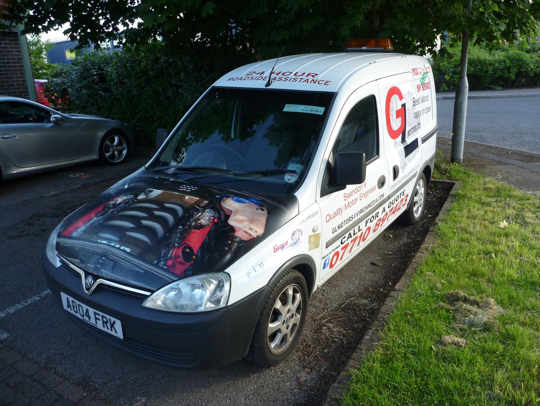 GL Motors vehicle graphics