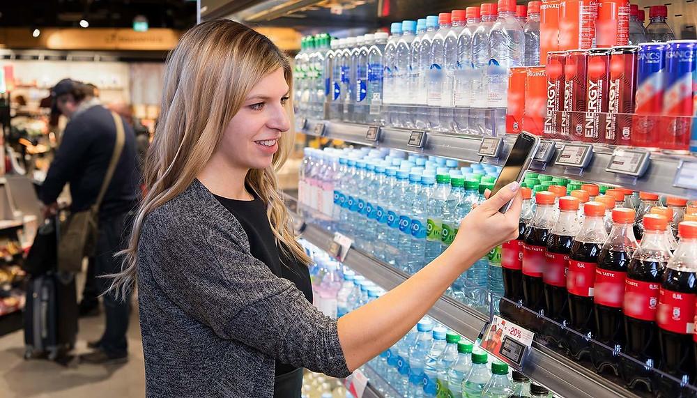 Решение для мобильных платежей «Smart Checkout - Tap, Pay & Enjoy» предлагает быстрый и удобный опыт совершения покупок в цифровом формате.