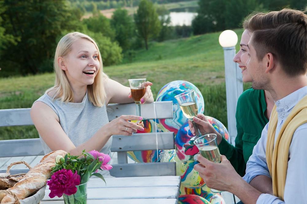 【婚活女子必見!】平日のお昼間にある婚活パーティーでの出会いの求め方を知ろう!