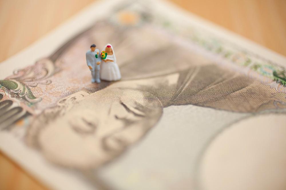 【女性の婚活】婚活費用の相場っていくらくらいか知りたい!