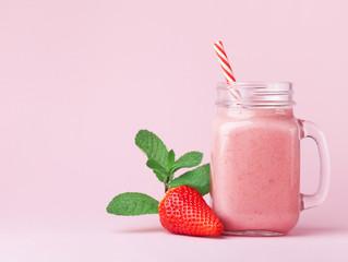 Bebidas saludables para refrescarte este verano