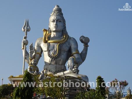 भगवान शिव (Shiv ji) को क्यों प्रिय है सावन माह