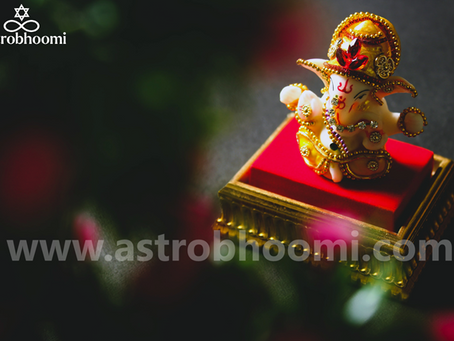 According to your Zodiac sign, do this before September 19th to get the blessing of Lord Ganesha