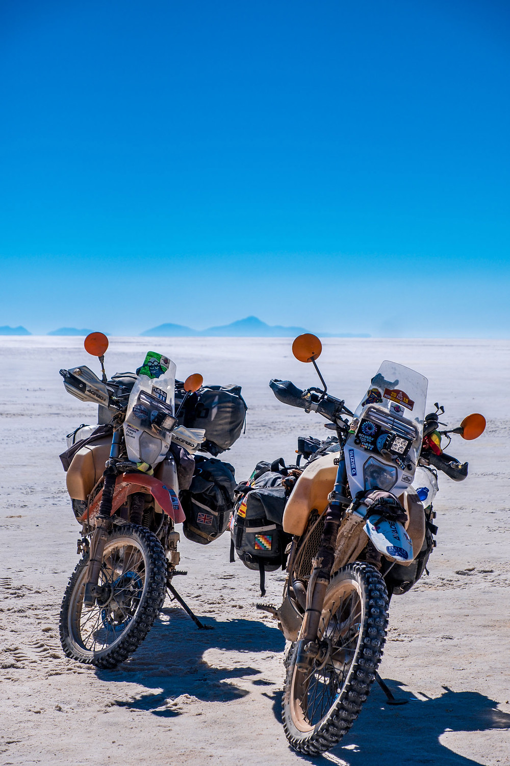 The bikes chilling out on the Bolivia Salt Flats - AvVida.co.uk