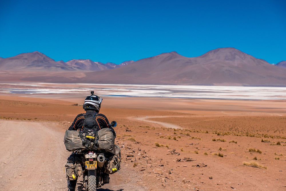 Stunning views once again heading South from Quitena Chico, Lagunas Route, Bolivia - AvVida.co.uk