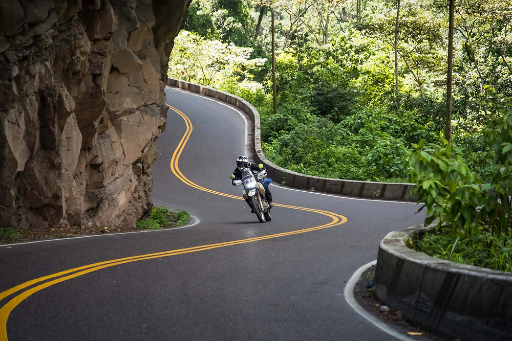 Kelvin doing some twisties. Photo by Michnus Olivier.