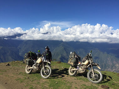 AvVida.co.uk on top of the world - #RukkaMotorsport