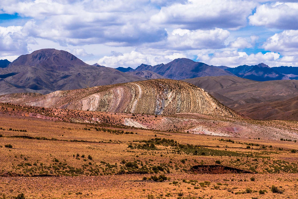 Alternative Bolivian Rainbow Mountain near Uyuni - AvVida.co.uk