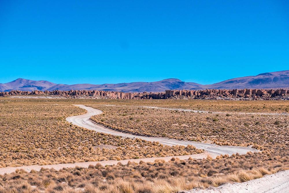 Stunning rock formations on the way to Villa del Mar, Lagunas Route, Bolivia - AvVida.co.uk