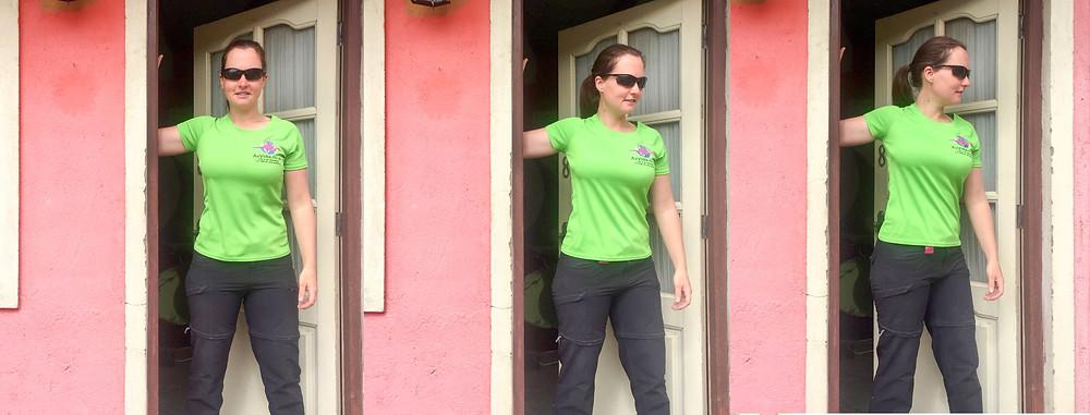 Pectoralis / door stretch. AvVida.co.uk - Suzie Says...