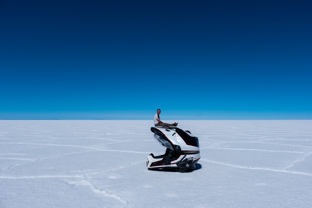 Kelvin perspective shot on helmet on Bolivia Salt Flats - AvVida.co.uk