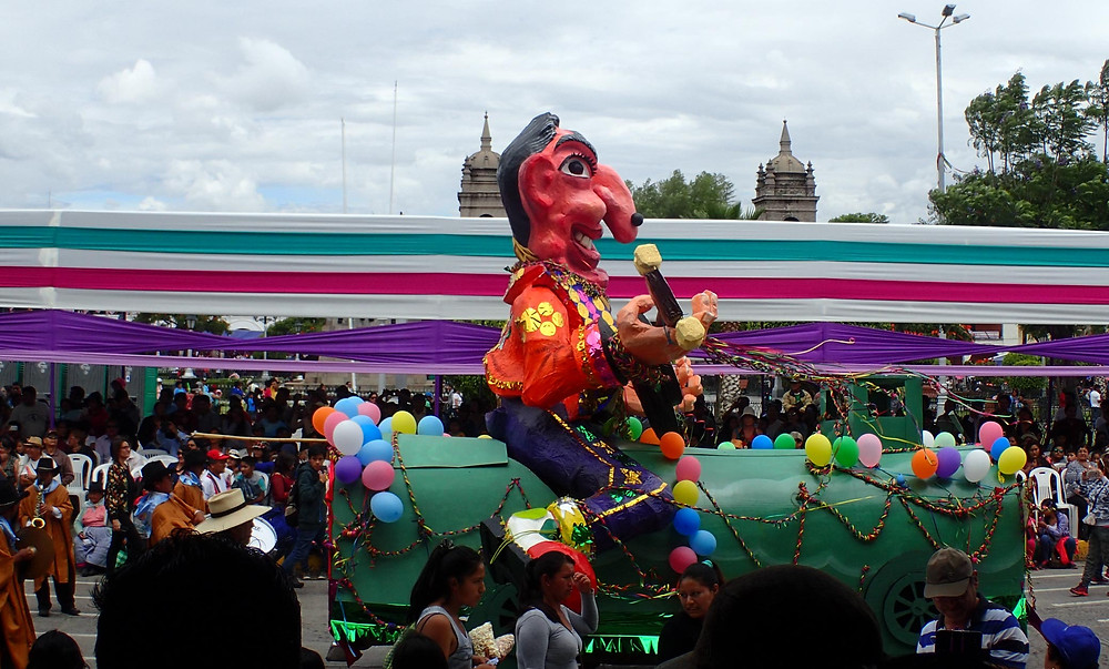 Start of the days procession's in Ayacucho.